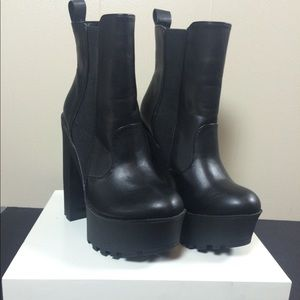 Just fab platform ankle booties